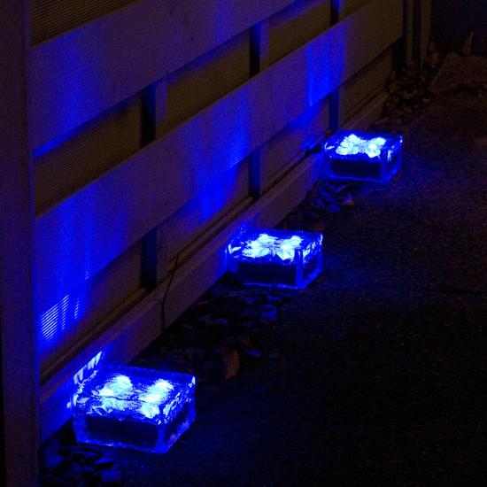 Pav solaire en verre 4 led bleu pav s spots solaires for Guirlande lumineuse exterieur bleu