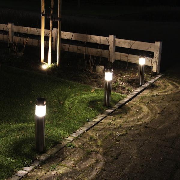 Borne solaire inox d tecteur de mouvement 50 lumens amiens bornes balises s - Bornes solaires jardin ...