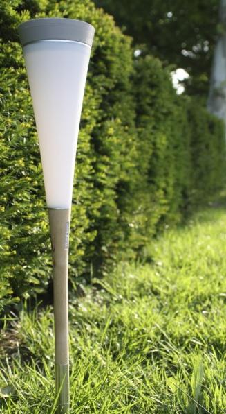 lampe solaire design roseau court balise borne solaire objetsolaire. Black Bedroom Furniture Sets. Home Design Ideas