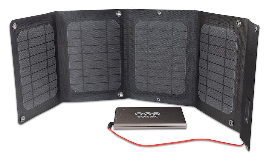 chargeur solaire puissant ordinateurs voltaic 20 watt chargeur solaire nomade objetsolaire. Black Bedroom Furniture Sets. Home Design Ideas